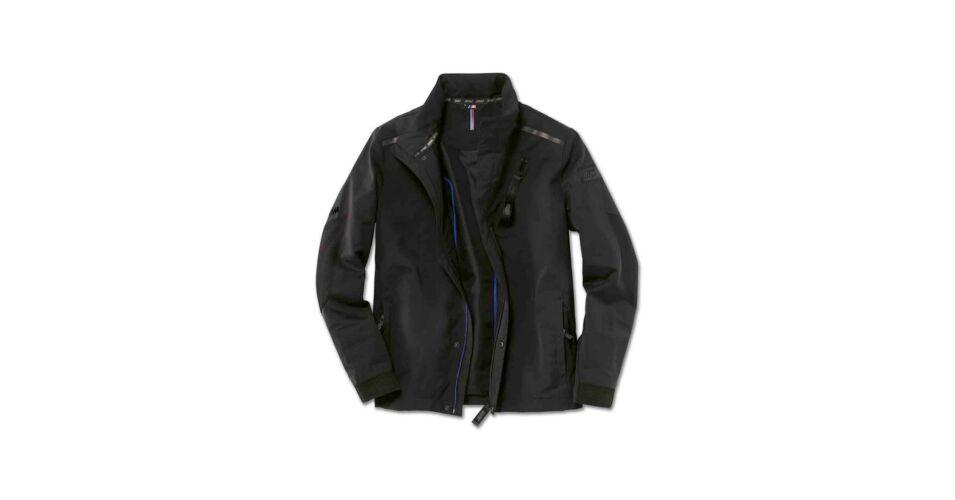 női intuíciós kabátot keres)
